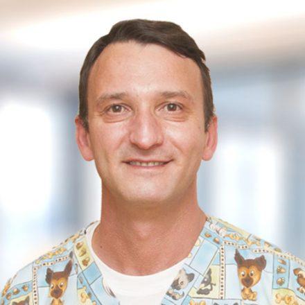 Ивайло Ефремов